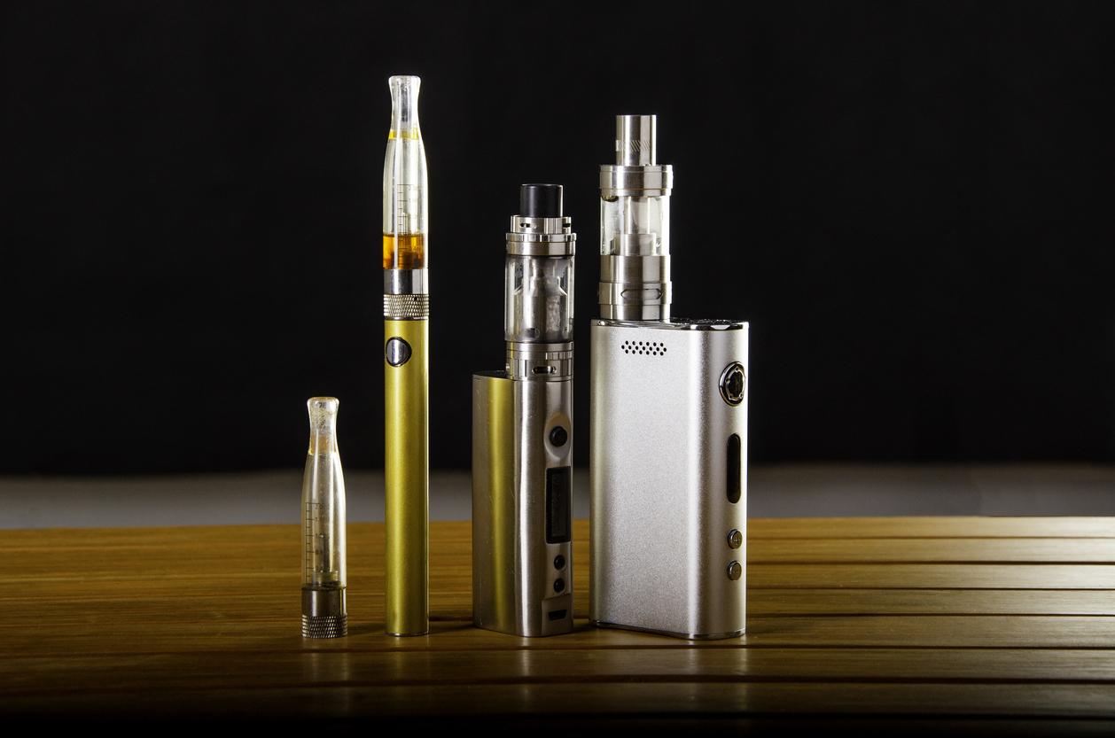 Différentes cigarettes électroniques
