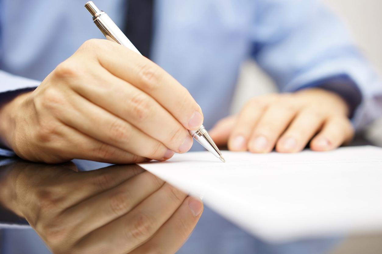 Signature d'un contrat d'assurance vie